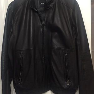 Hugo boss leather jacket size 40usa 50europe